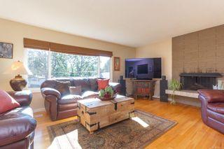 Photo 2: 3953 Margot Pl in Saanich: SE Maplewood House for sale (Saanich East)  : MLS®# 856689
