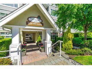 Photo 2: 103 15299 17A Avenue in Surrey: King George Corridor Condo for sale (South Surrey White Rock)  : MLS®# R2583735