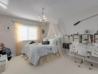 """Photo 21: 6340 HOLLY PARK Drive in Delta: Holly House for sale in """"SUNRISE"""" (Ladner)  : MLS®# R2558311"""