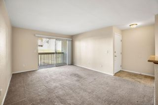 Photo 3: OCEANSIDE Condo for sale : 1 bedrooms : 432 Edgehill Ln #14