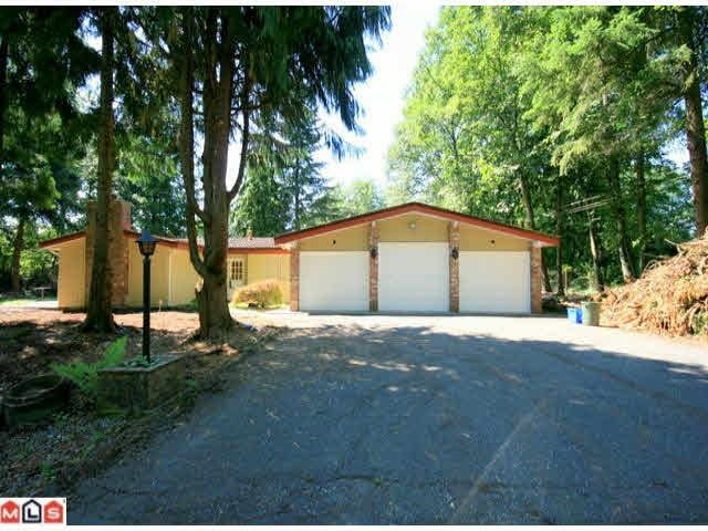 Main Photo: 7333 206A Street in Langley: Willoughby Heights House for sale : MLS®# R2571136