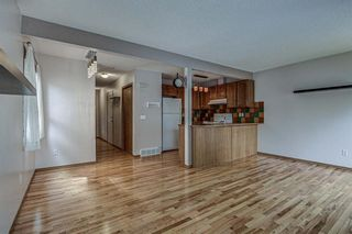 Photo 4: 89 Everstone Place SW in Calgary: Evergreen Row/Townhouse for sale : MLS®# A1108765