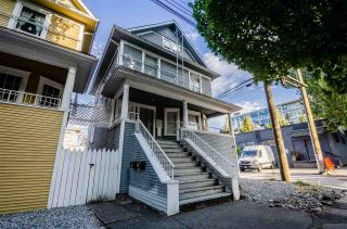 Photo 1: 2022 ONTARIO Street in Vancouver: Mount Pleasant VE House for sale (Vancouver East)  : MLS®# R2487060
