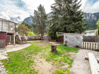 Photo 32: 38322 CHESTNUT Avenue in Squamish: Valleycliffe House for sale : MLS®# R2579275