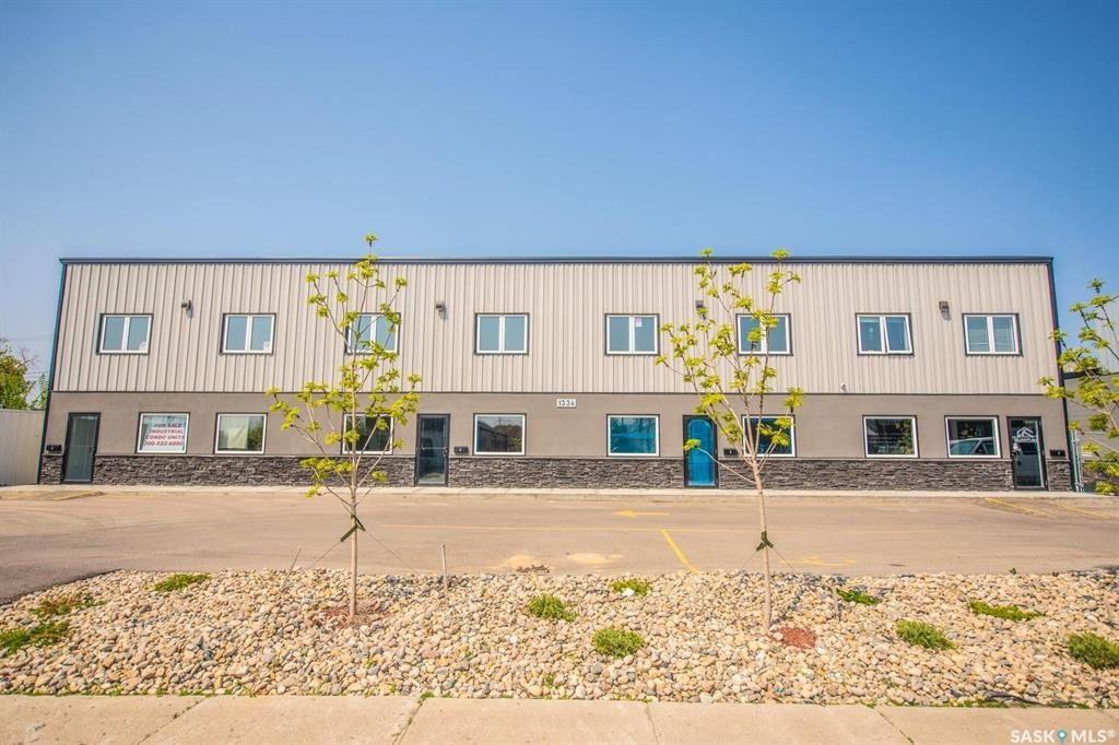 Main Photo: 4 1334 Wallace Street in Regina: Eastview RG Commercial for sale : MLS®# SK851790