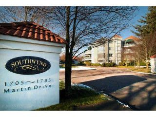 """Photo 1: 405 1745 MARTIN Drive in Surrey: Sunnyside Park Surrey Condo for sale in """"SOUTHWYND"""" (South Surrey White Rock)  : MLS®# F1436564"""
