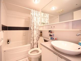 """Photo 11: 2903 928 BEATTY Street in Vancouver: Yaletown Condo for sale in """"MAX 1"""" (Vancouver West)  : MLS®# R2294406"""
