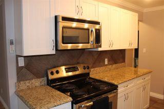 Photo 8: 8 10904 159 Street in Edmonton: Zone 21 Condo for sale : MLS®# E4221781