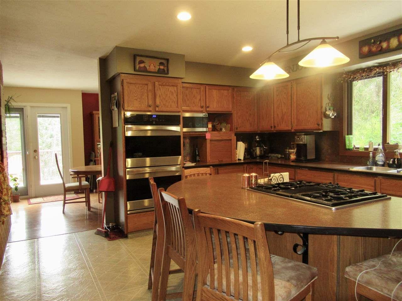 Photo 4: Photos: 911 CENTAUR Drive in Williams Lake: Esler/Dog Creek House for sale (Williams Lake (Zone 27))  : MLS®# R2378444