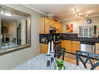 Photo 5: 14 838 TOBRUCK Avenue in North Vancouver: Hamilton Townhouse for sale : MLS®# V1095285