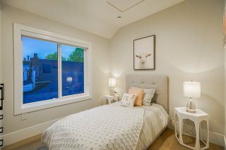 Photo 21: 372 E 16TH AVENUE in Vancouver: Main 1/2 Duplex for sale (Vancouver East)  : MLS®# R2463791