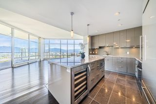 """Photo 4: 2703 6188 WILSON Avenue in Burnaby: Metrotown Condo for sale in """"JEWEL"""" (Burnaby South)  : MLS®# R2618857"""