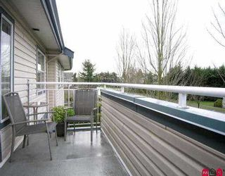 "Photo 8: 15 5664 208TH ST in Langley: Langley City Townhouse for sale in ""THE MEADOWS"" : MLS®# F2601507"