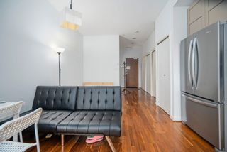 """Photo 7: 413 1333 W GEORGIA Street in Vancouver: Coal Harbour Condo for sale in """"Qube Building"""" (Vancouver West)  : MLS®# R2602829"""