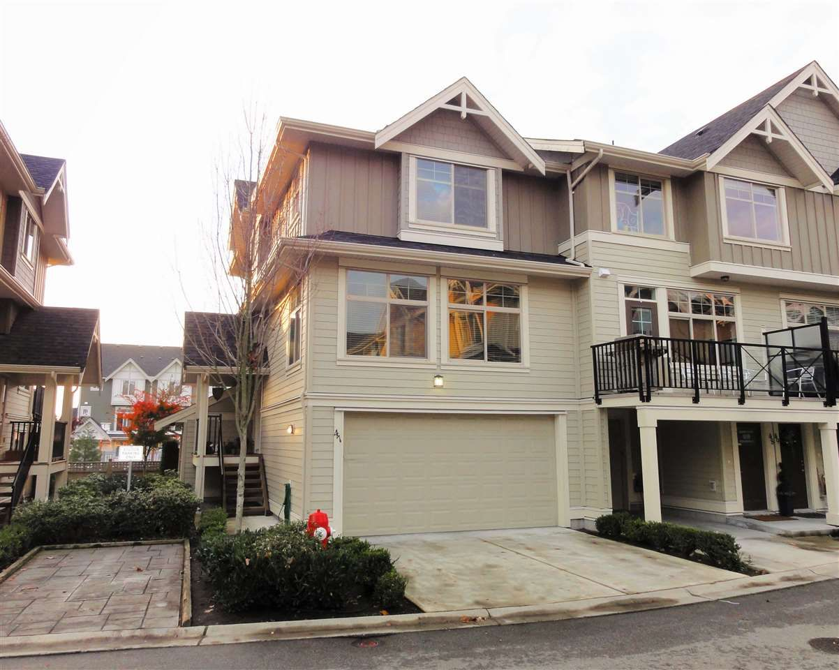 """Main Photo: 47 19525 73 Avenue in Surrey: Clayton Townhouse for sale in """"Uptown"""" (Cloverdale)  : MLS®# R2014205"""