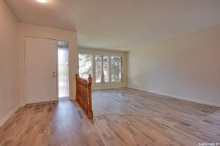 Photo 3: 823 Costigan Court in Saskatoon: Lakeview SA Residential for sale : MLS®# SK871669