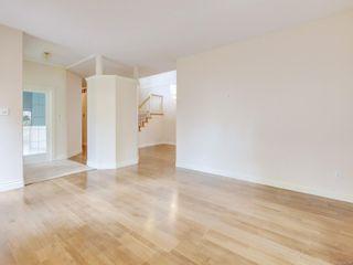 Photo 3: 6 520 Marsett Pl in : SW Royal Oak Row/Townhouse for sale (Saanich West)  : MLS®# 876138