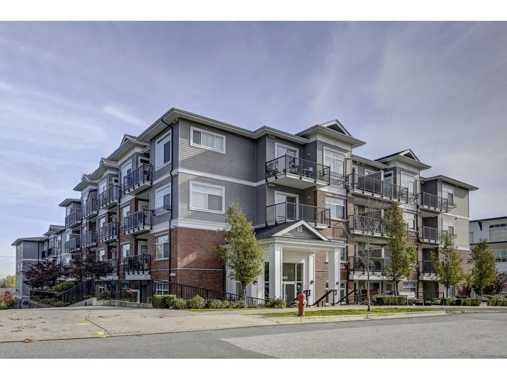 """Main Photo: 202 6480 195A Street in Surrey: Clayton Condo for sale in """"SALIX"""" (Cloverdale)  : MLS®# R2340071"""