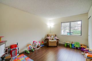 Photo 11: 322 10620 150 Street in Surrey: Guildford Townhouse for sale (North Surrey)  : MLS®# R2422717