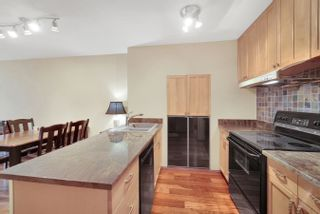 Photo 3: 903 950 DRAKE Street in Vancouver: Downtown VW Condo for sale (Vancouver West)  : MLS®# R2625681