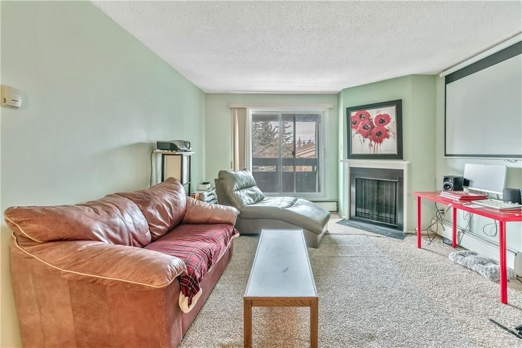 Photo 7: Photos: 9306 315 SOUTHAMPTON Drive SW in Calgary: Southwood Apartment for sale : MLS®# C4224686