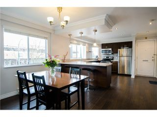 "Photo 1: 1298 W 6TH Avenue in Vancouver: Fairview VW Townhouse for sale in ""Vanderlee Court"" (Vancouver West)  : MLS®# V1130216"