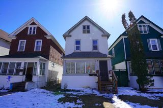 Photo 1: 258 Cathedral Avenue in Winnipeg: North End Residential for sale (4C)  : MLS®# 202104228