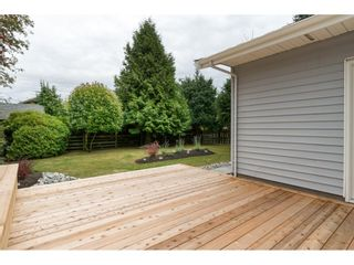 """Photo 18: 15417 19 Avenue in Surrey: King George Corridor House for sale in """"Bakerview"""" (South Surrey White Rock)  : MLS®# R2230397"""