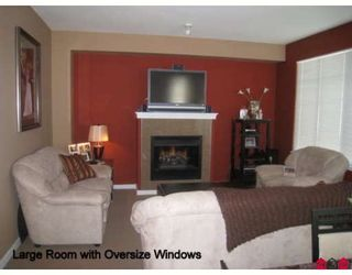 """Photo 2: 94 6575 192ND Street in Surrey: Clayton Townhouse for sale in """"Ixia"""" (Cloverdale)  : MLS®# F2905243"""