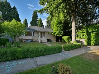 Photo 2: 2731 W 34TH Avenue in Vancouver: MacKenzie Heights House for sale (Vancouver West)  : MLS®# R2591863