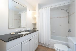 """Photo 18: 66 E 42ND Avenue in Vancouver: Main House for sale in """"WEST OF MAIN"""" (Vancouver East)  : MLS®# R2588399"""