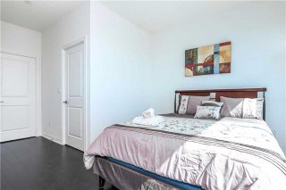 Photo 18: 386 Yonge St Unit #5711 in Toronto: Bay Street Corridor Condo for sale (Toronto C01)  : MLS®# C3611063