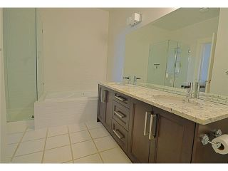 """Photo 8: 110 1465 PARKWAY Boulevard in Coquitlam: Westwood Plateau Townhouse for sale in """"SILVER OAK"""" : MLS®# V1092299"""