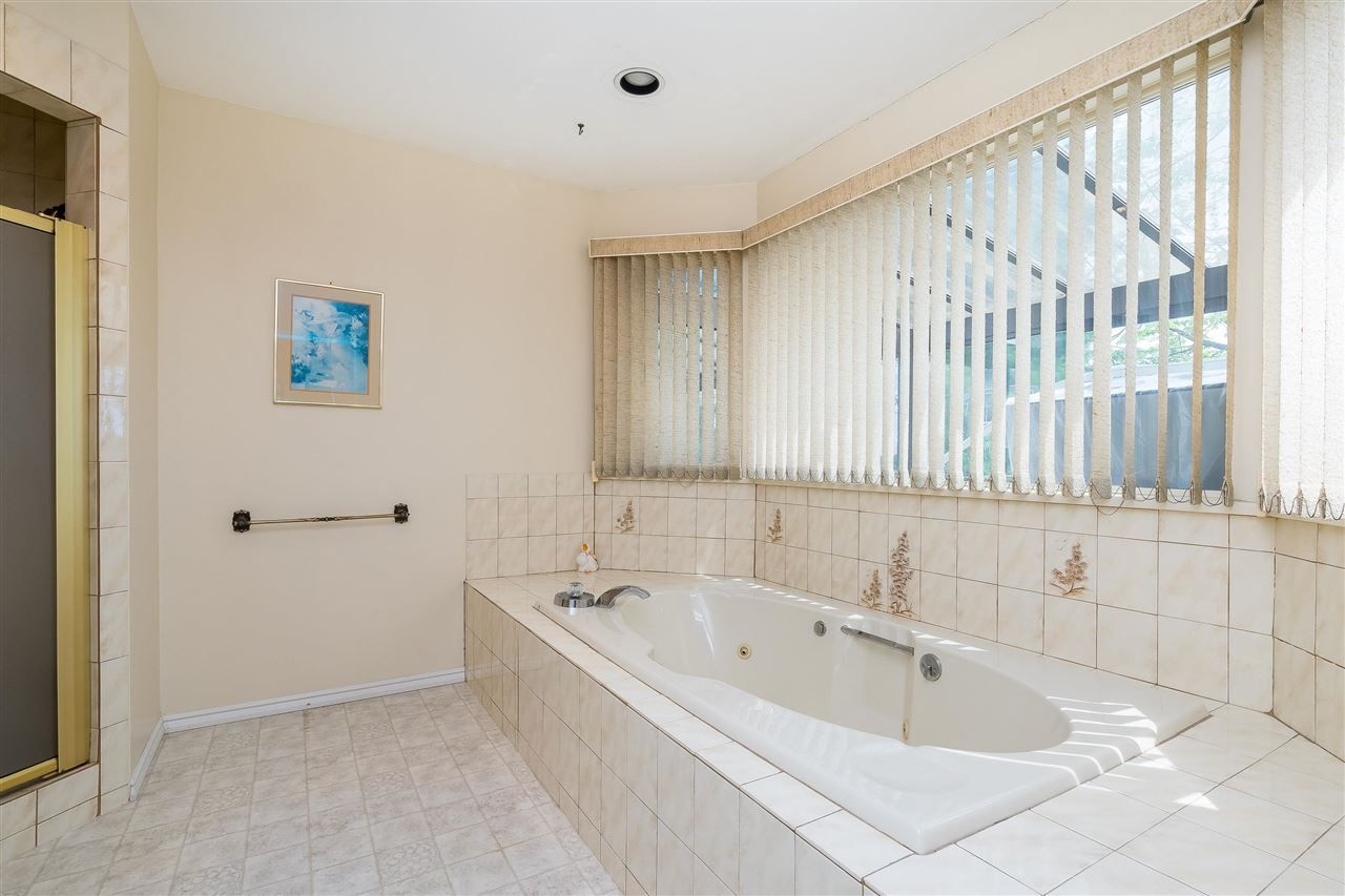 Photo 23: Photos: 1608 NANAIMO Street in New Westminster: West End NW House for sale : MLS®# R2579359