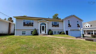 Photo 1: 71 Oakwood Drive in Truro Heights: 104-Truro/Bible Hill/Brookfield Residential for sale (Northern Region)  : MLS®# 202121394