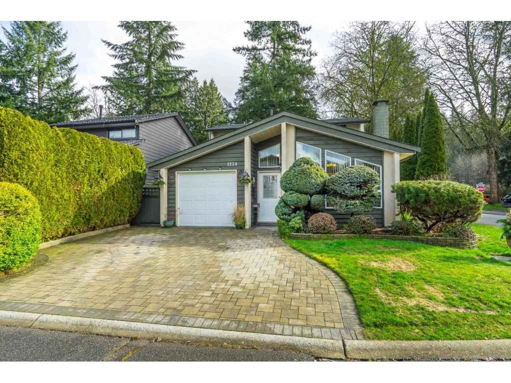 """Main Photo: 1224 OXBOW Way in Coquitlam: River Springs House for sale in """"RIVER SPRINGS"""" : MLS®# R2542240"""