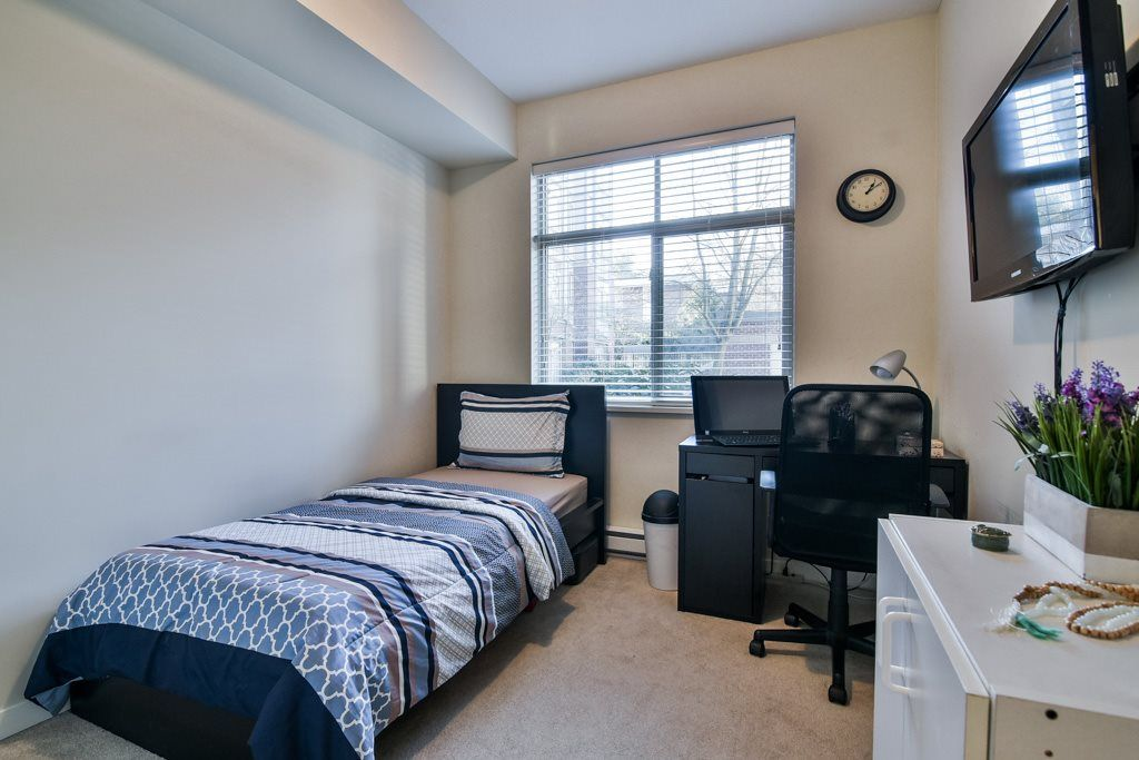 """Photo 15: Photos: 115 10455 UNIVERSITY Drive in Surrey: Whalley Condo for sale in """"D'Corize"""" (North Surrey)  : MLS®# R2347944"""