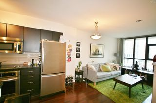 Photo 7: 706 538 Smithe Street in The Mode: Home for sale