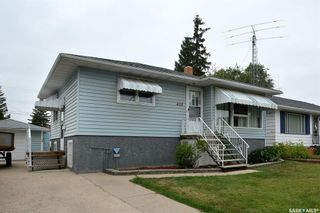 Photo 1: 405 Q Avenue North in Saskatoon: Mount Royal SA Residential for sale : MLS®# SK864393