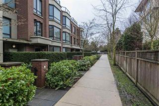 "Photo 2: 10 9180 HEMLOCK Drive in Richmond: McLennan North Townhouse for sale in ""HAMPTONS PARK"" : MLS®# R2543497"