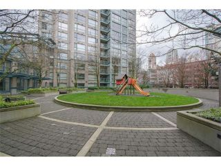 "Photo 14: 301 1177 PACIFIC Boulevard in Vancouver: Yaletown Condo for sale in ""Pacific Point"" (Vancouver West)  : MLS®# V1054200"