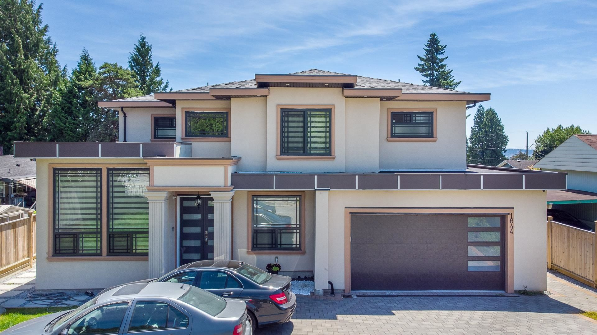 Main Photo: 1644 AUSTIN Avenue in Coquitlam: Central Coquitlam House for sale : MLS®# R2617809
