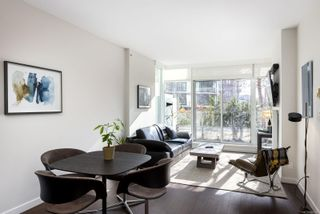Photo 4: 305 708 Burdett Ave in : Vi Downtown Condo for sale (Victoria)  : MLS®# 866602