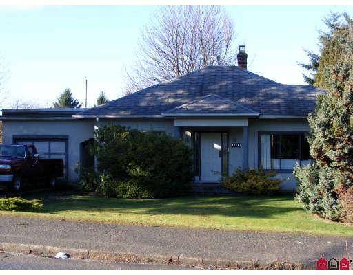 "Main Photo: 11043 136TH Street in Surrey: Bolivar Heights House for sale in ""Bolivar Heights"" (North Surrey)  : MLS®# F2803978"
