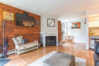 Photo 2: 102 607 E 8TH AVENUE in Vancouver: Mount Pleasant VE Condo for sale (Vancouver East)  : MLS®# R2244888