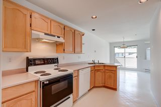 Photo 7: 48 19060 FORD ROAD in Pitt Meadows: Central Meadows Townhouse for sale : MLS®# R2611561
