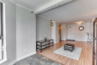 """Photo 9: 906 488 HELMCKEN Street in Vancouver: Yaletown Condo for sale in """"Robinson Tower"""" (Vancouver West)  : MLS®# R2086319"""