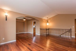 Photo 3: 23915 121 AVENUE in Maple Ridge: East Central House for sale : MLS®# R2279231