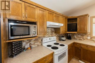 Photo 17: 332 15 Street N in Lethbridge: House for sale : MLS®# A1114555