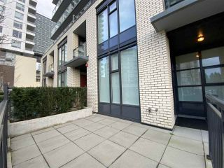 """Photo 2: 5516 ORMIDALE Street in Vancouver: Collingwood VE Townhouse for sale in """"The Gardens"""" (Vancouver East)  : MLS®# R2544241"""